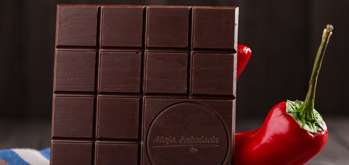 Moja-Cokolada-sa-ljutom-papricicom---cokolada-sa-cili-papricicama