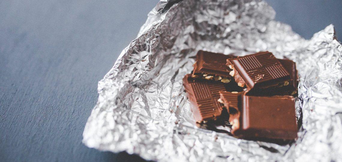 Kockice mlecne i crne cokolade