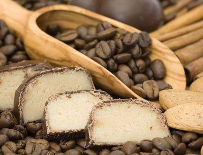 Marcipan salama sa kafom i cokoladom