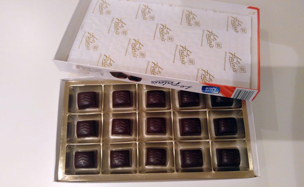 Le-Palaise-cokoladne-praline-sa-konjakom-otvorene