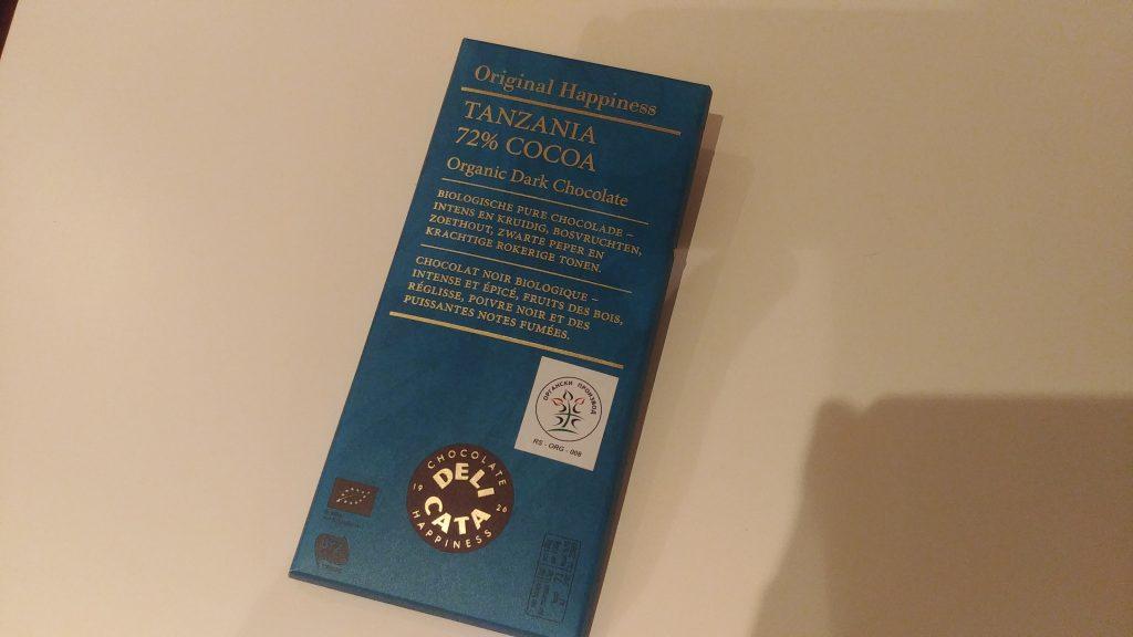 Crna organska čokolada