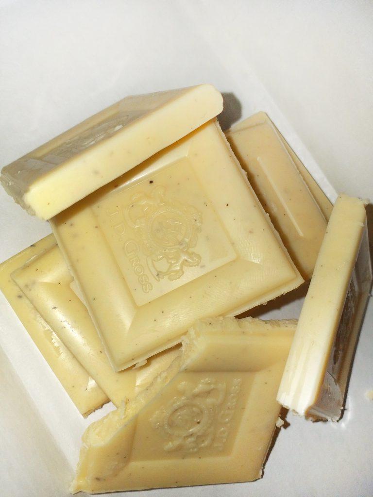 Bourbon-vanilla-bela-cokolada-2